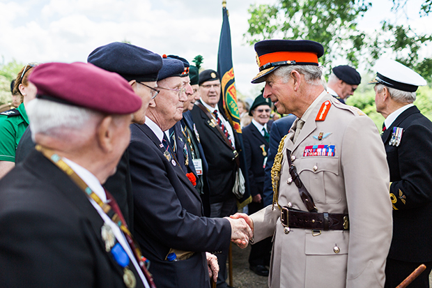 hrh prince charles greets normandy veterans