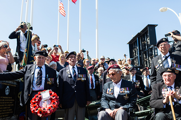 normandy veterans in arromanches 2014