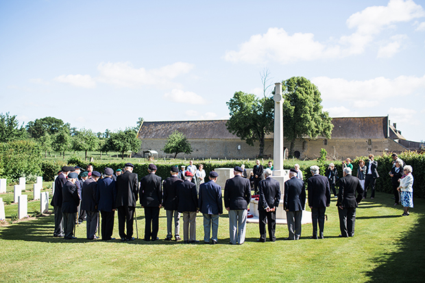 d-day veterans at jerusalem cemetery