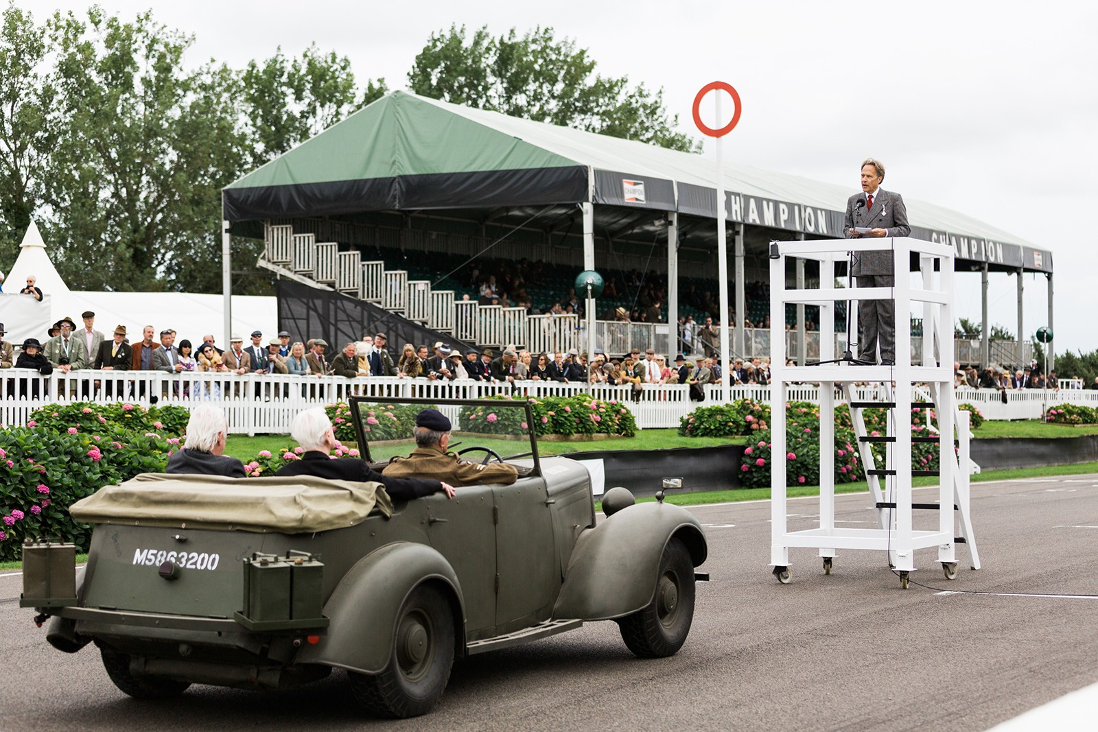 Lord March addresses WW2 veterans Goodwood Revival