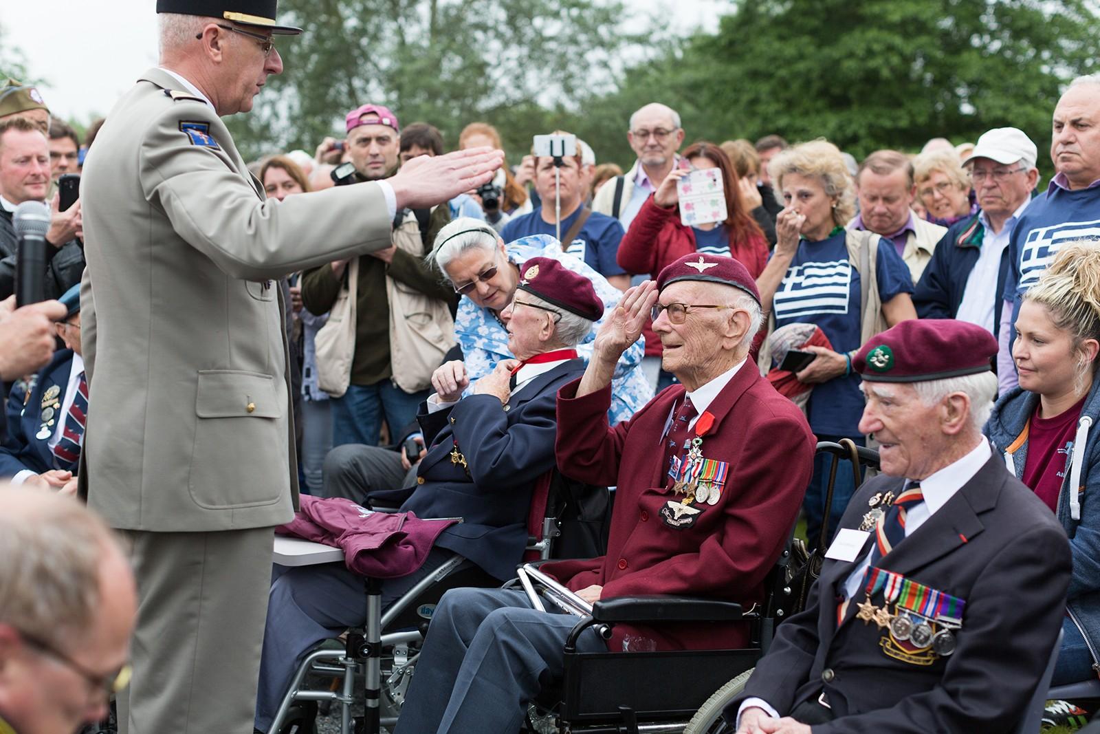 Para veteran Ray Shuck receives Legion d'Honneur